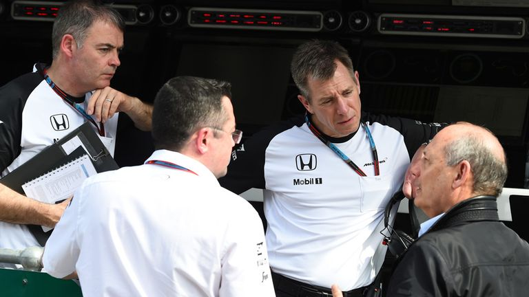 McLaren's team bosses debrief on the pitwall