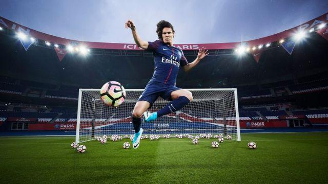 Top scorer Edinson Cavani models PSG's new home kit