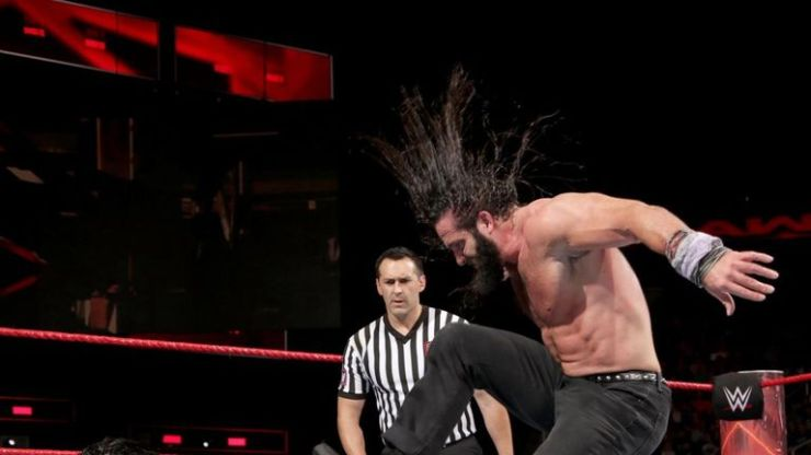 Elias has arguably his best WWE match against Roman Reigns on Monday night