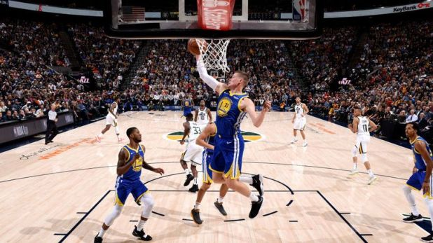 Jonas Jerebko broke his former teammates' hearts with a game-winning, buzzer-beating tip-in on as Golden State Warriors squeezed past Utah Jazz