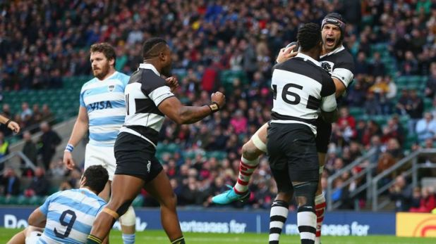 Juan Manuel Leguizamon scored the opening try of the day for the Barbarians against his countrymen