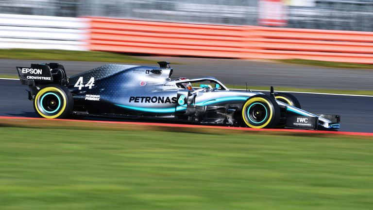 F1 2019 Lewis Hamilton Warns He Is Ready To Attack F1