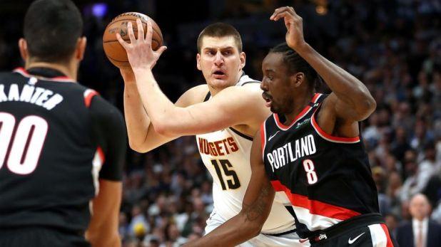 Nikola Jokic initiates the Nuggets' offense in Game 5 against Portland