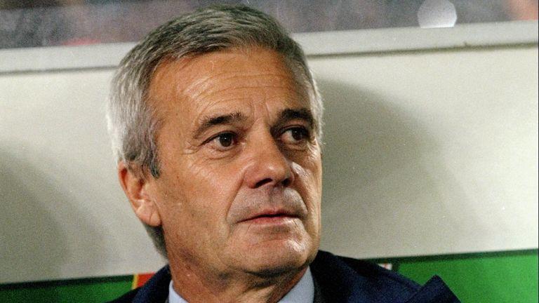 Luigi Simoni Former Inter Milan Coach Dies Aged 81