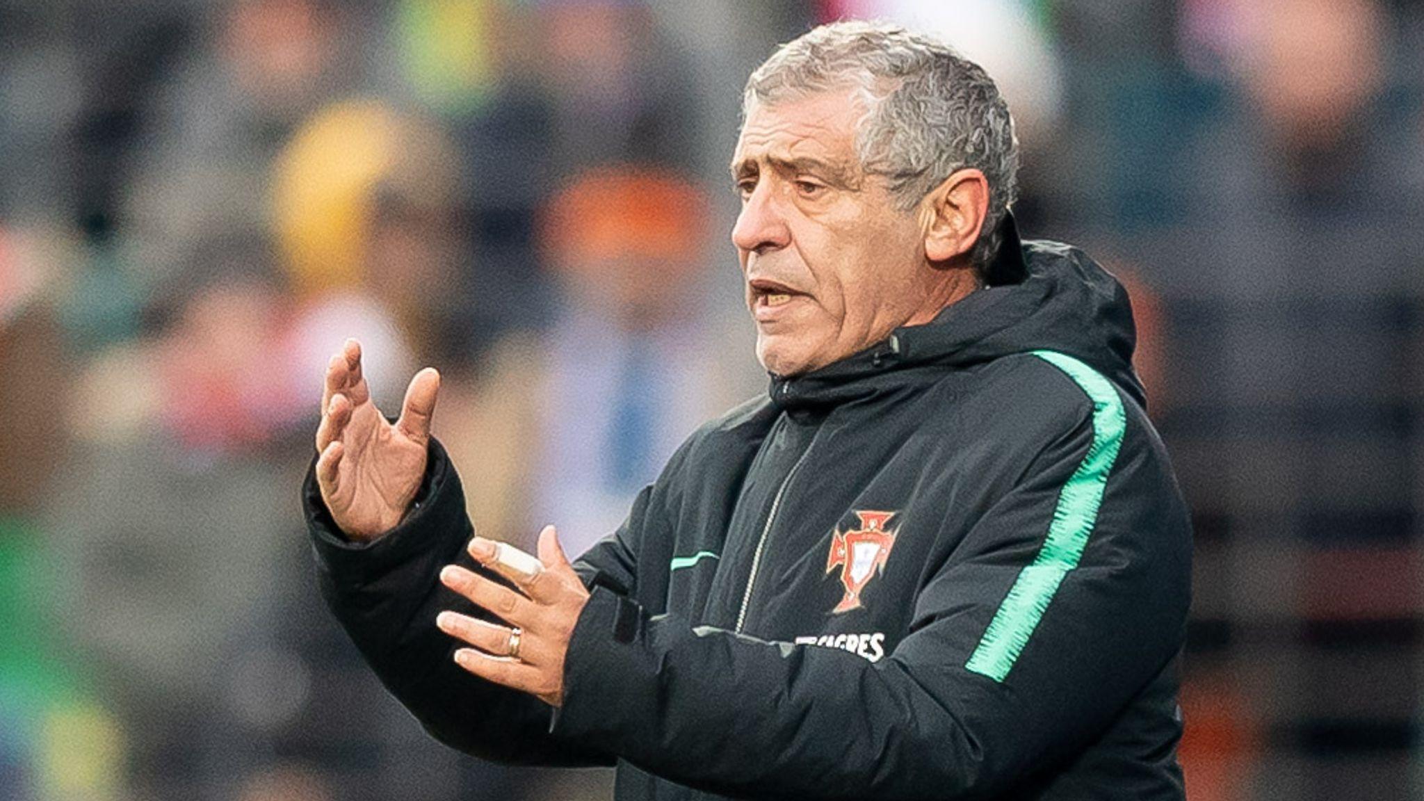 Portugal extend head coach Fernando Santos' deal until Euro 2024 | Football  News | Sky Sports