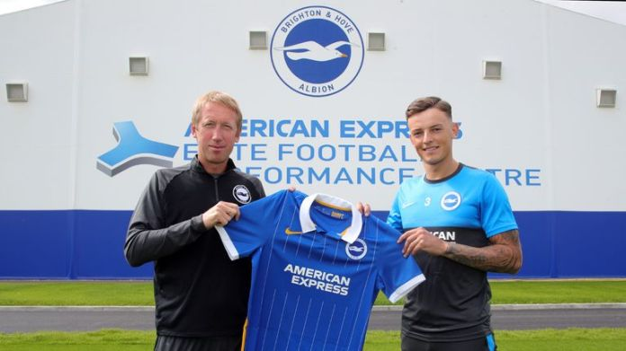 Ben White has signed a new four-year contract with Brighton