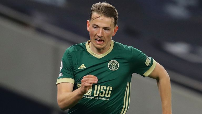 Sander Berge: Arsenal and Everton consider bid for Sheff Utd midfielder as  release clause reduced to £35m | Football News | Sky Sports