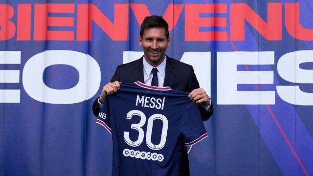 Lionel messi Joins PSG, Paris Saint Germain after leaving Barcelona