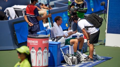 Daniil Medvedev made his feelings clear to the chair umpire and then needed a medical timeout