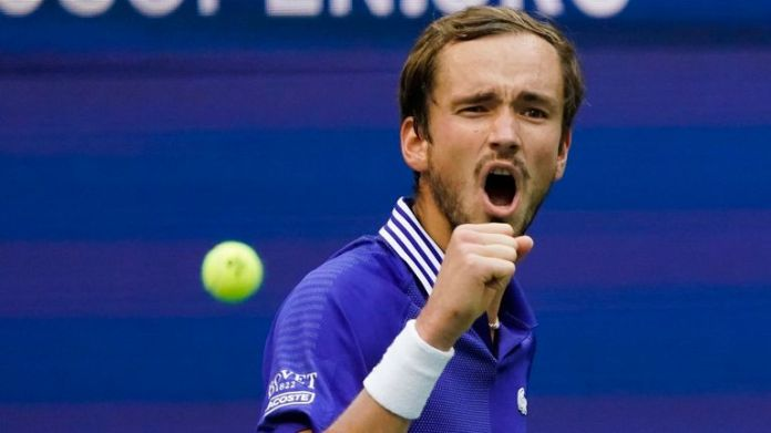 Daniil Medvedev demolished Felix Auger-Aliassime to reach the US Open men's singles final for the second time in three years