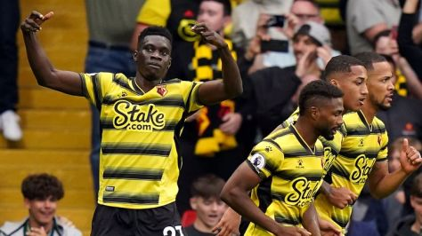 Ismaila Sarr cheers for Watford's equalizer