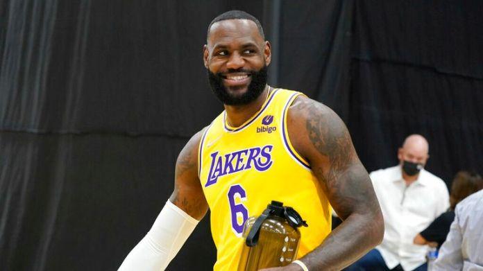 Los Angeles Lakers forward LeBron James smiles during the NBA basketball team's Media Day Tuesday, Sept. 28, 2021, in El Segundo, Calif. (AP Photo/Marcio Jose Sanchez)