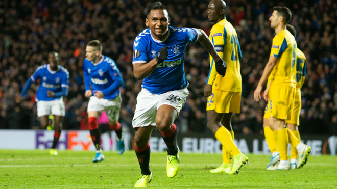 Morelos runs to celebrate his goal against Porto.