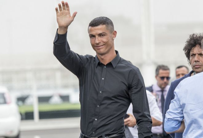 Cristiano Ronaldo deja 20000 euros de propina al hotel de Grecia en el que se hosped  Celebrities