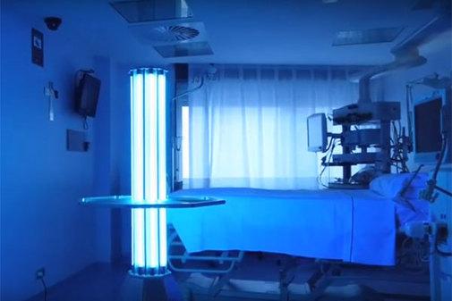Una habitación de hospital durante el proceso de desinfección UVG.