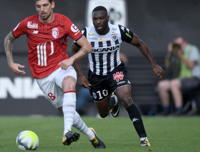 Transfer Deadline Deals: Drinkwater, Llorente & Wilfried Bony All Seal Late Moves 124