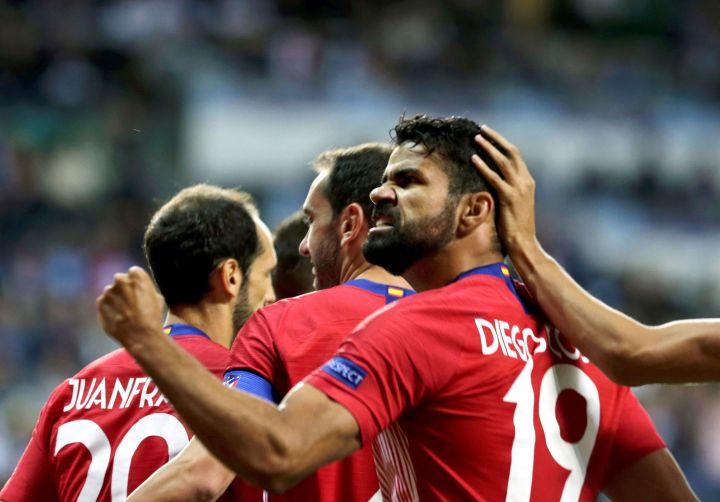 Diego Costa esulta con la maglia dell'Atlético | Numerosette Magazine
