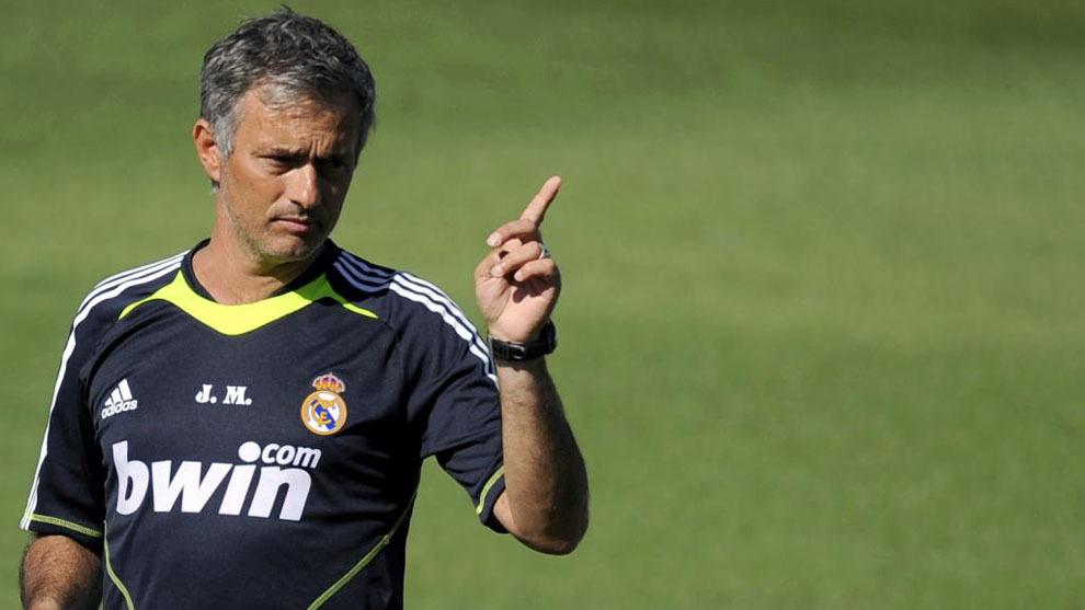 After impressing with brief stints at benfica and união de leiria, mourinho returned to porto as manager in 2002, winning the primeira liga twice, a. LaLiga Santander: Why can't Jose Mourinho return to Real