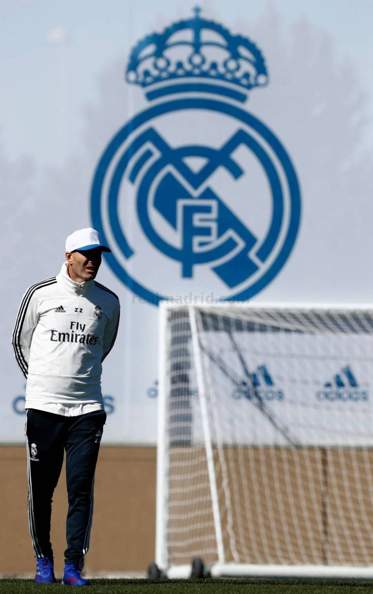 PHOTOS: CHECK OUT ZIDANE'S FIRST TRAINING SESSION BACK AT REAL MADRID AHEAD OF CELTA VIGO'S CLASH 15524800236549 1300x0