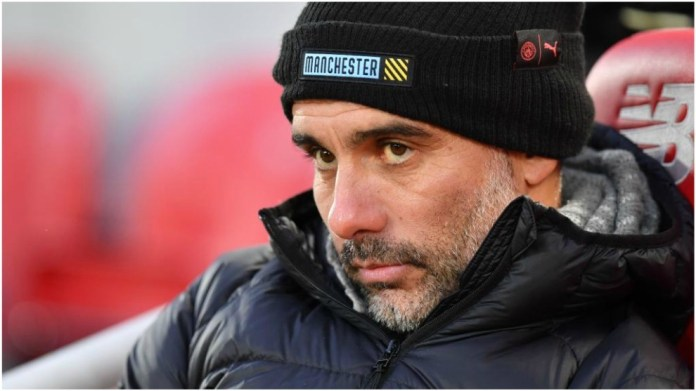 Guardiola, with a face of circumstances, during the defeat at Anfield.