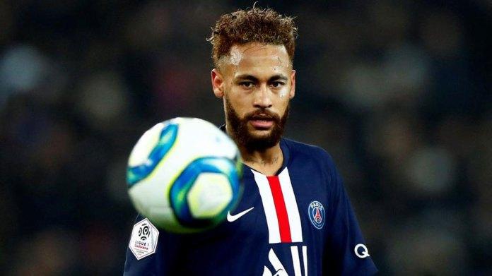 Neymar mendoi ta linte futbollin: Koka ime ishte gjithandej