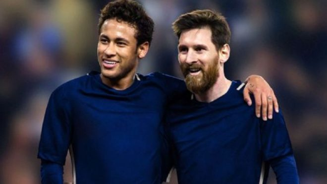Prodigy brazilian tejkalon Neymar dhe Messi duke nënshkruar me Nike në moshën 8 vjeç