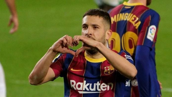 Jordi Alba feston golin e tij