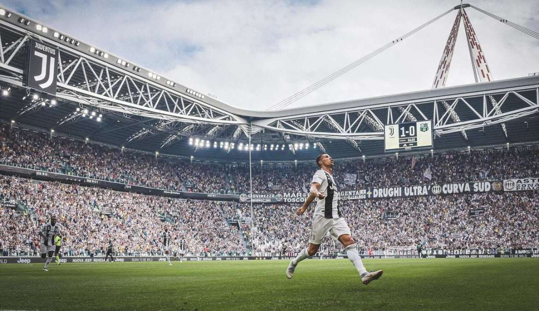 Cristiano celebrates a goal at Juventus Stadium