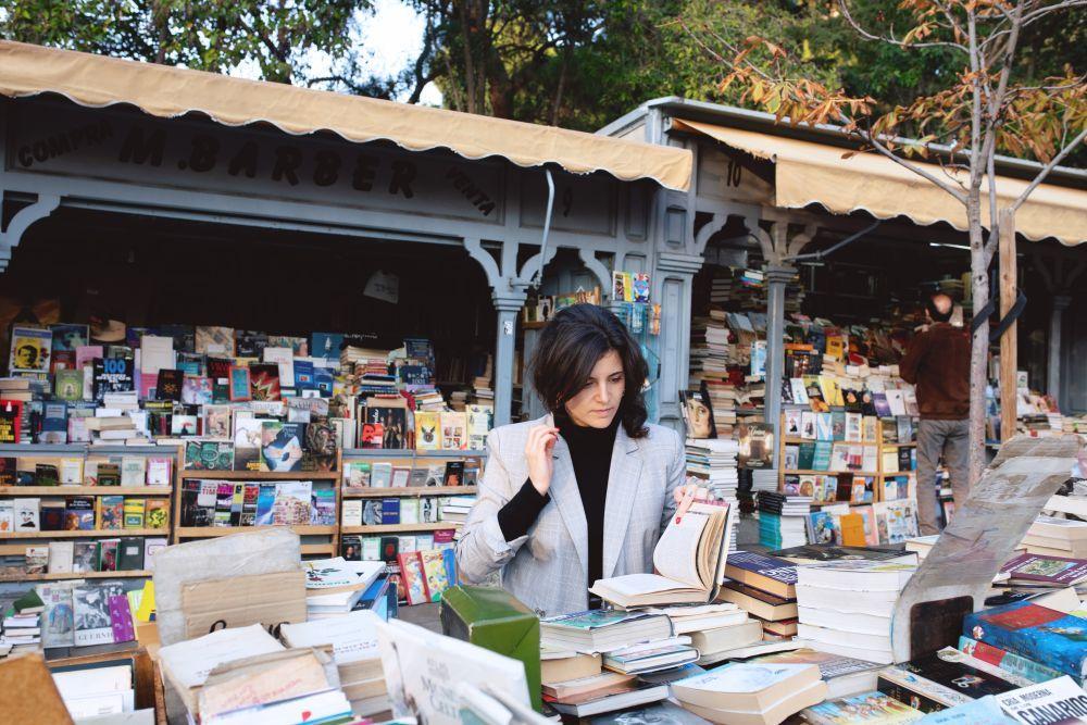 """El libro """"Feria"""", de Ana Iris Simón, lanza su tercera edición el 5 de enero de 2021."""