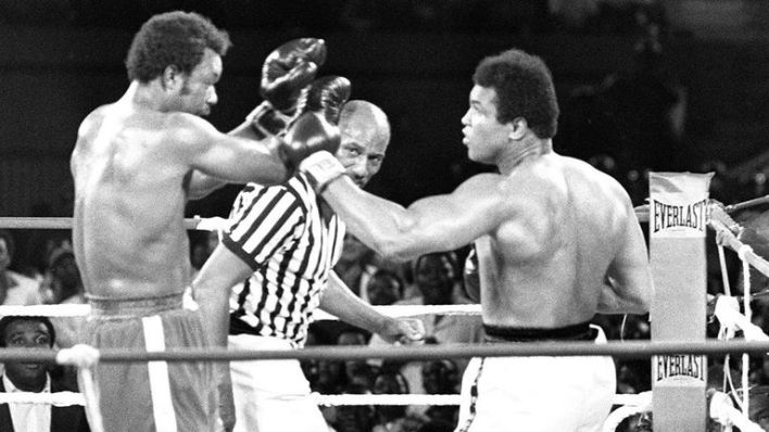 Muhammad Ali fought George Foreman (L) in the Rumble in the Jungle in Zaire in 1974