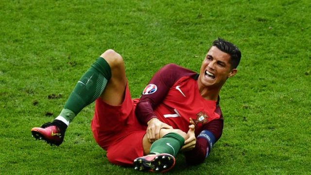 Ronaldo attempted to continue, but eventually came off in tears