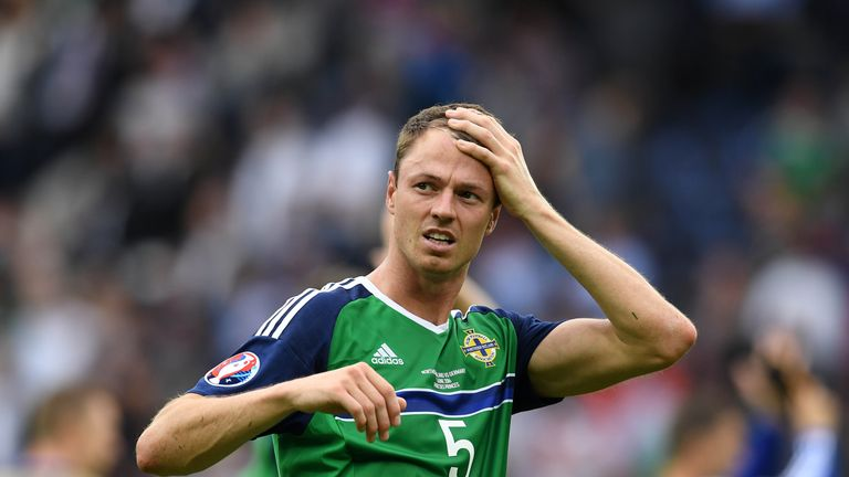 Jonny Evans will be remaining at West Brom after Manchester City pulled out of a Deadline Day move