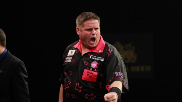 Scott Mitchell is in good form and Scott Waites joins Wayne Mardle and Colin Lloyd in tipping the former BDO champion for a good showing at the Grand Slam