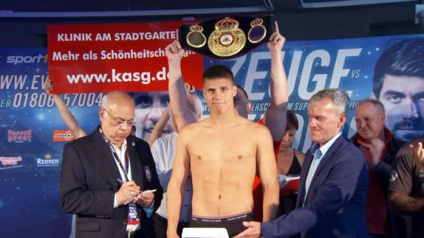 Tyron Zeuge is fighting in front of home support in Germany