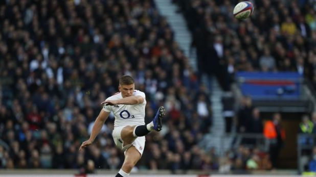Owen Farrell's boot kept England in the game in the first half