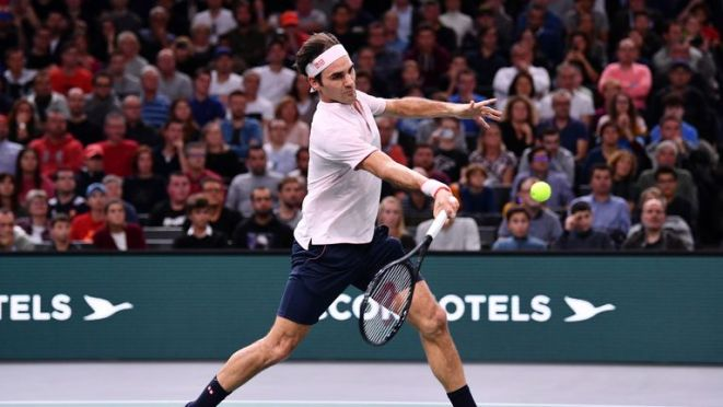 Roger Federer lost in the semi-finals of the Paris Masters against Novak Djokovic on Saturday