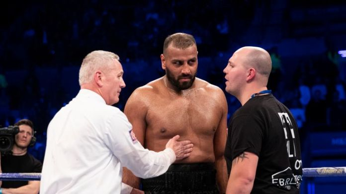 Trainer Adam Etches hat Kash Ali aufgefordert, seine Reue zu äußern