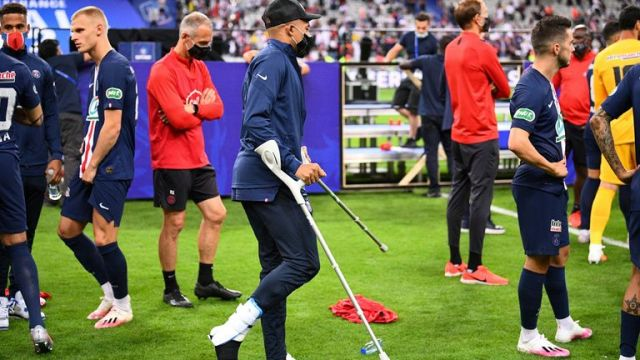 Mbappe joined his team-mates on crutches following their 1-0 victory