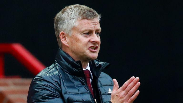 Le manager de Manchester United, Ole Gunnar Solskjaer, dit qu'il y a un `` récit '' que son équipe a reçu des décisions favorables du VAR