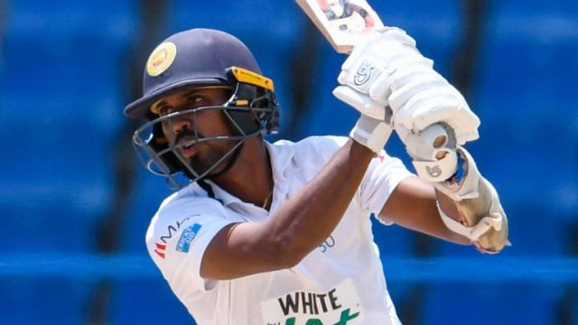 Oshada Fernando made 91 in a stand of 162 with Lahiru Thirimanne as Sri Lanka battled back in the first Test