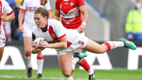 Vicky Molyneux in action for England against Wales