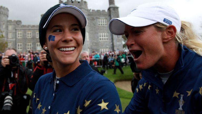 Azahara Munoz and Suzann Pettersen celebrate Europe's dramatic 15-13 victory in 2011