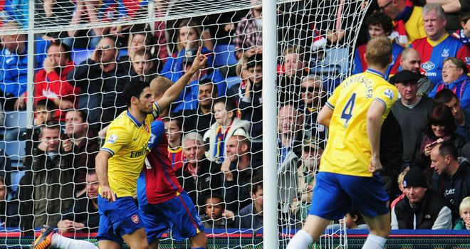 https://i0.wp.com/e2.365dm.com/13/10/660x350/mikel-arteta-celebrates-his-penalty-for-arsenal-against-crystal-palace-at-selhurst_3025077.jpg