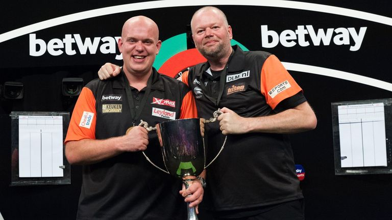 Michael van Gerwen and Raymond van Barneveld retained their World Cup crown in emphatic fashion in Frankfurt