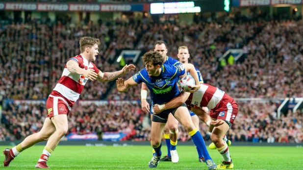 Stefan Ratchford tries to get through the stubborn Wigan defence