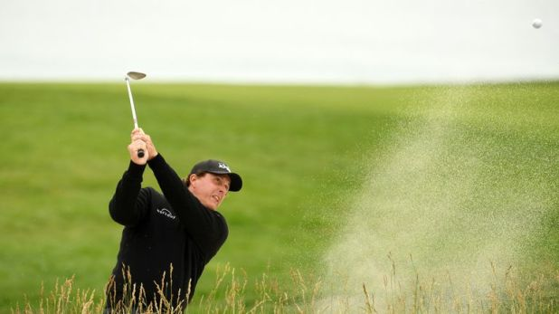 Mickelson finished a poor back-nine with a triple-bogey eight