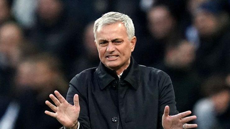 José Mourinho probó la derrota por primera vez como jefe de los Spurs el miércoles por la noche