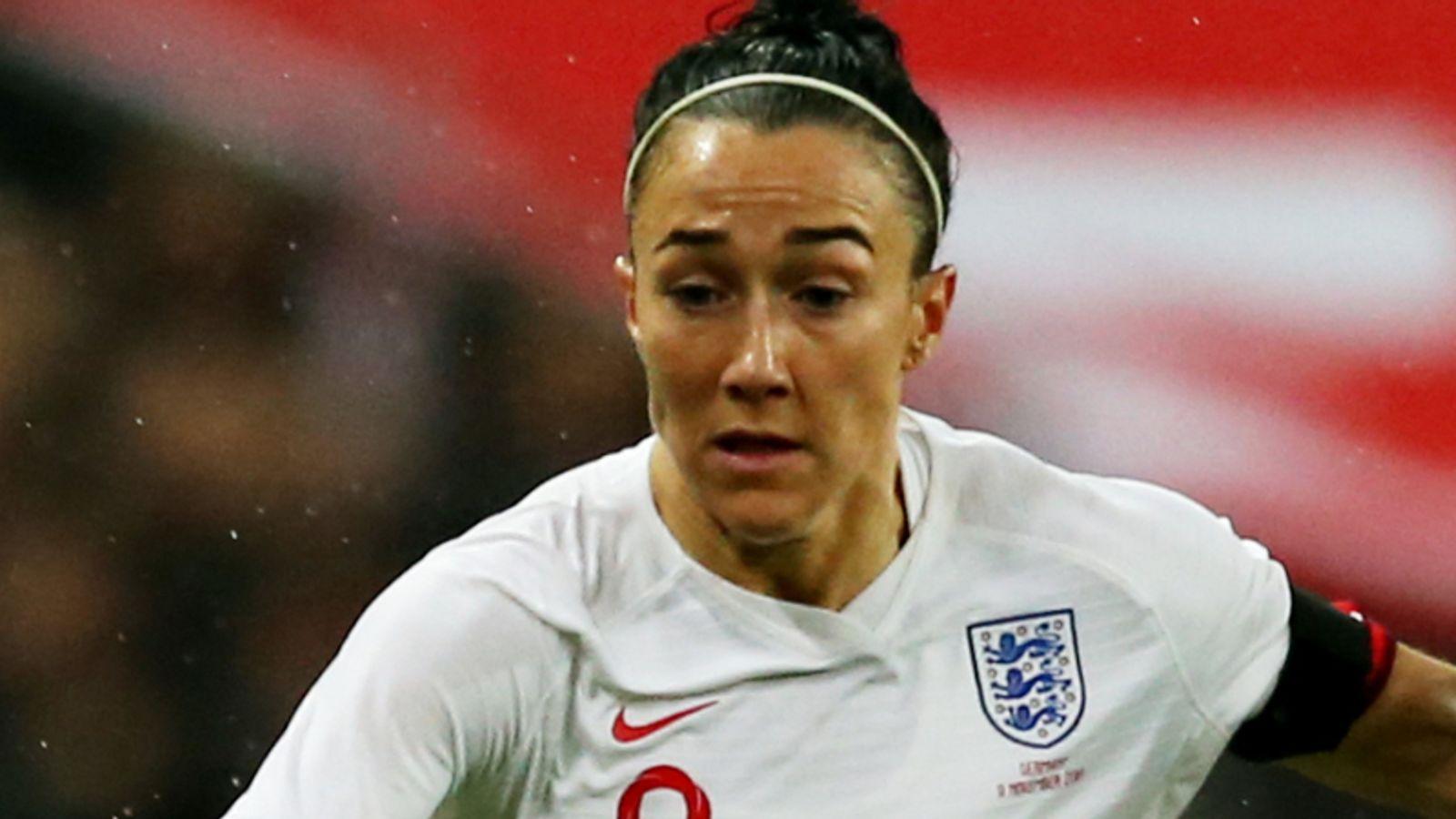 Photo of Lucy Bronze says gender should not be a factor in appointment of Phil Neville's successor