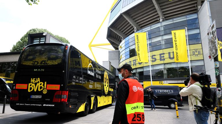 Dortmund's team bus arrived to an unusual pre-match scene