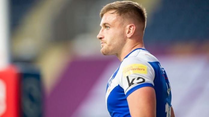 Matty Lees made his debut for St Helens in 2017